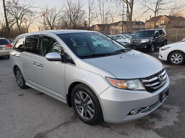 2014 Honda Odyssey Touring Photo3