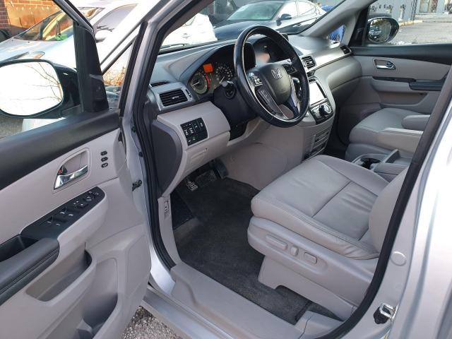 2014 Honda Odyssey Touring Photo9