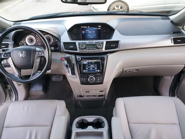 2014 Honda Odyssey Touring Photo10