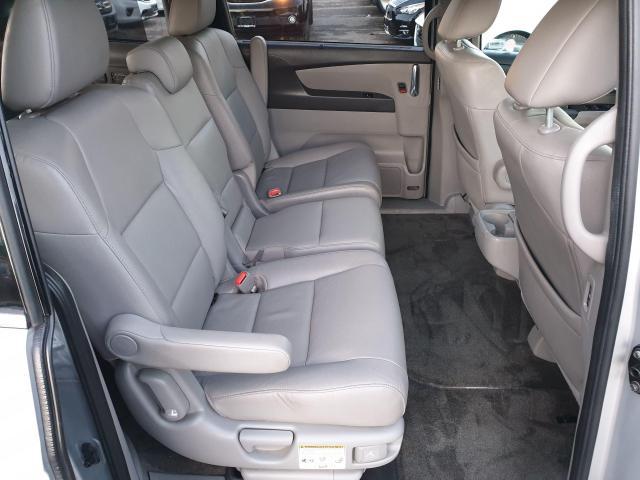 2014 Honda Odyssey Touring Photo17