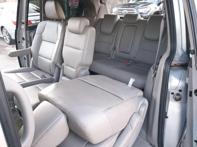 2014 Honda Odyssey Touring Photo20