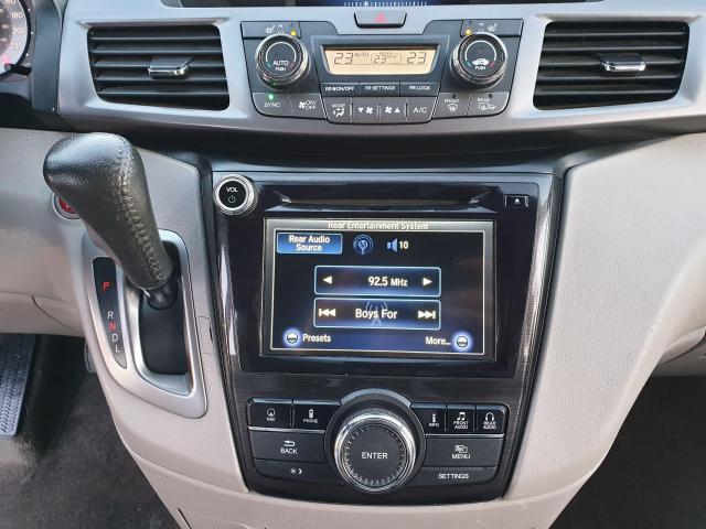 2014 Honda Odyssey Touring Photo22