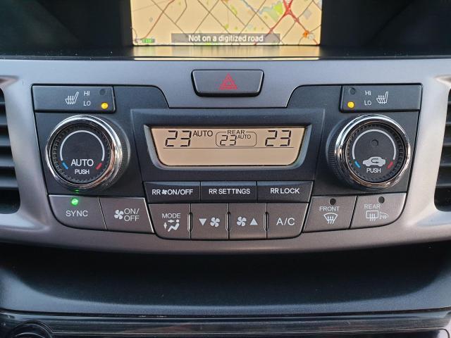 2014 Honda Odyssey Touring Photo26