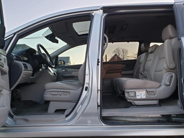 2014 Honda Odyssey Touring Photo30