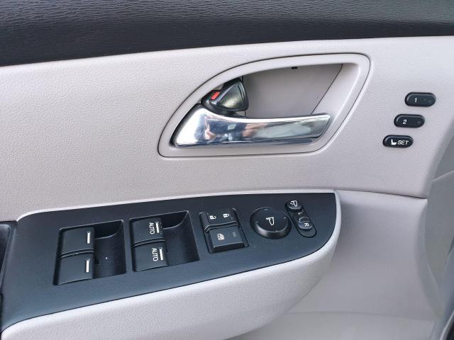 2014 Honda Odyssey Touring Photo33