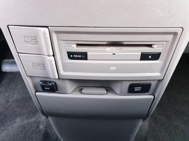2014 Honda Odyssey Touring Photo34