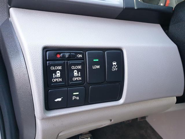 2014 Honda Odyssey Touring Photo40