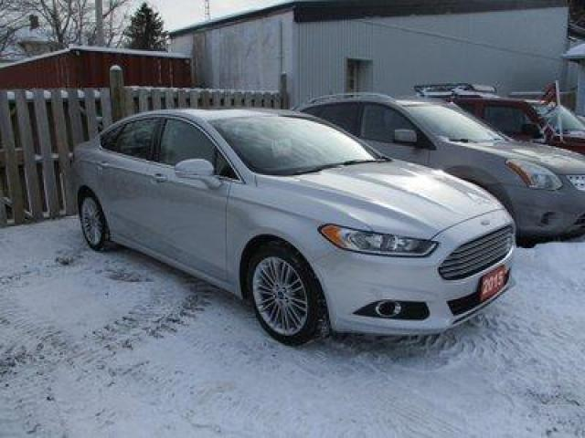 2015 Ford Fusion ALL-WHEEL DRIVE SE EDITION 5 PASSENGER 2.0L - ECO-BOOST.. NAVIGATION.. LEATHER.. HEATED SEATS.. POWER SUNROOF.. BACK-UP CAMERA..