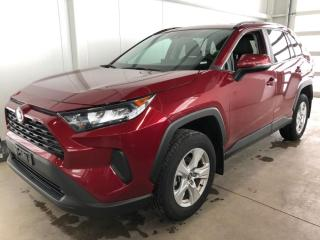 Used 2019 Toyota RAV4 LE AWD , BLUETOOTH APPLE CARPLAY ET ANDROID * CAMERA DE RECUL * SIEGES CHAUFFANT for sale in St-Nicolas, QC