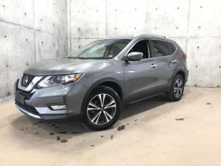 Used 2019 Nissan Rogue SV TECH AWD ** ProPilot Assist **AWD** VOLANT CHAUFFANT * ANGLE MORT * TOIT PANORAMIQUE for sale in St-Nicolas, QC