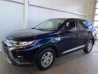 Used 2019 Mitsubishi Outlander ES AWC APPLE CARPLAY ET ANDROID , SIEGES CHAUFFANT ET CAMERA DE RECUL * BLUETOOTH for sale in St-Nicolas, QC