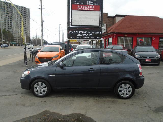2011 Hyundai Accent GL/ NEW BRAKES / NO ACCIDENT / CERTIFIED / MINT