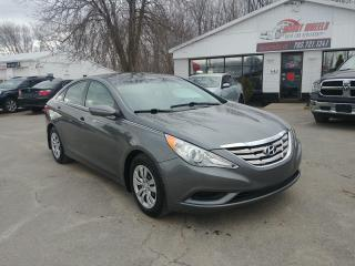 Used 2013 Hyundai Sonata GL for sale in Barrie, ON