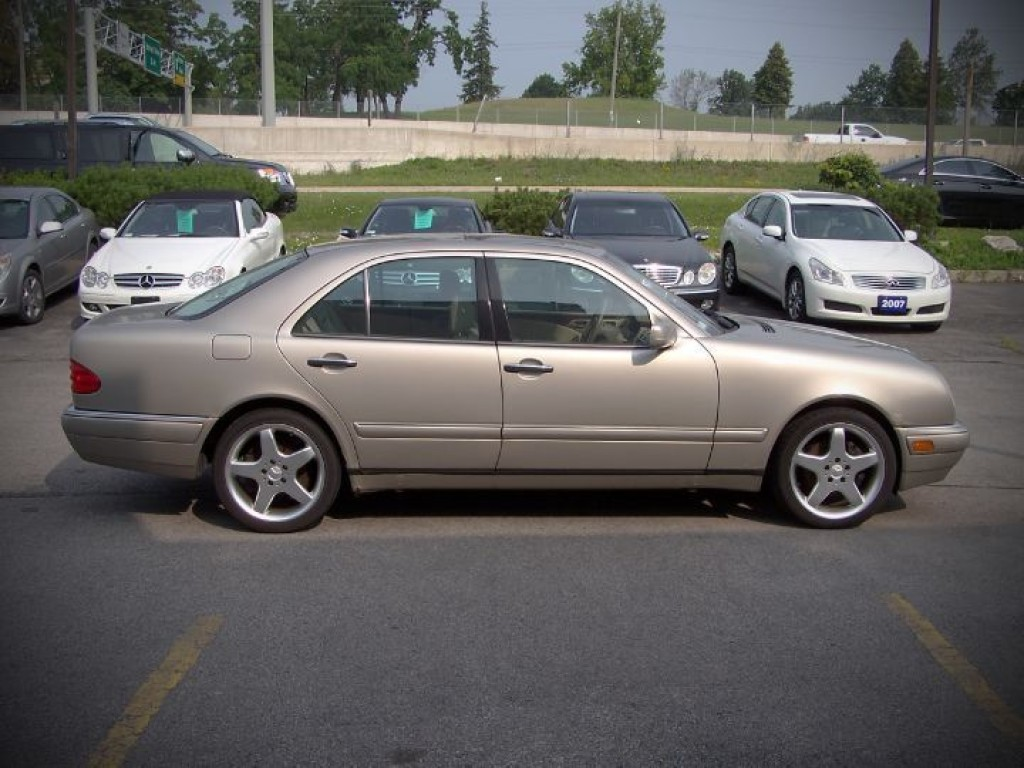 Used 1999 mercedes benz e320 leather for sale in oakville for 1999 mercedes benz e320 for sale
