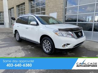 Used 2014 Nissan Pathfinder SL for sale in Calgary, AB