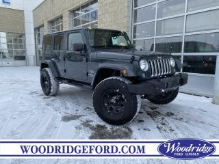 Used 2017 Jeep Wrangler Unlimited Sahara 3.6L, NAVIGATION, LEATHER SEATS, MAX TOW, AUTOMATIC, REMOTE STARTER, NO ACCIDENTS for sale in Calgary, AB
