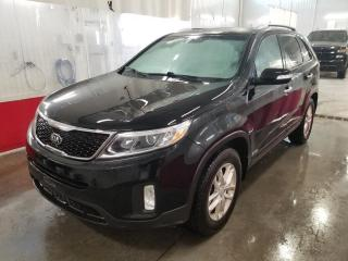 Used 2015 Kia Sorento LX* V6* AWD* SIEGES CHAUFFANTS* HITCH* for sale in Québec, QC