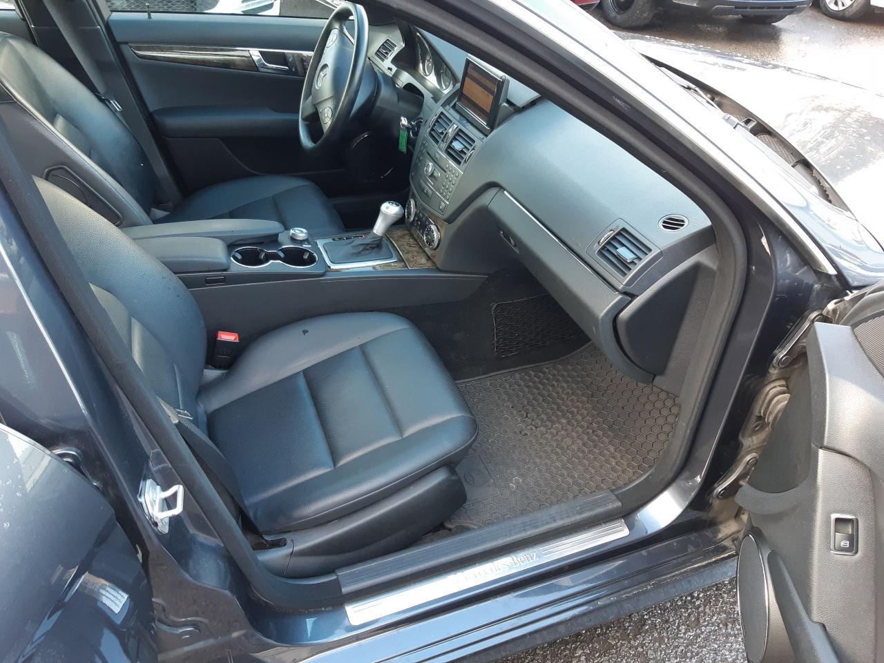 2009 Mercedes-Benz C300