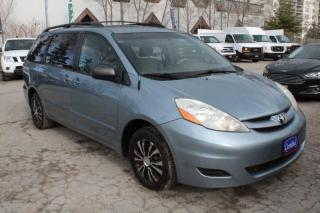Used 2007 Toyota Sienna 8 passengers for sale in Mississauga, ON