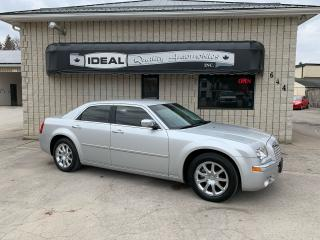 Used 2009 Chrysler 300 LIMITED for sale in Mount Brydges, ON