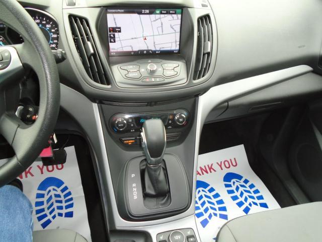 2015 Ford Escape LOW KM NAVIGATION B-CAMERA BLUETOOTH  NO ACCIDENT