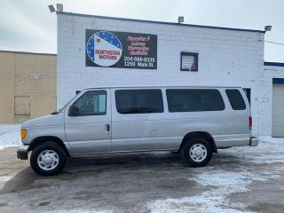 Used 2004 Ford Econoline Wagon E-350 Super Ext for sale in Winnipeg, MB