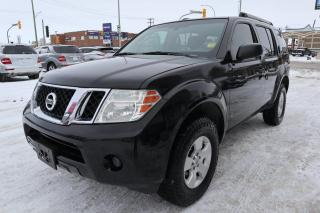 Used 2011 Nissan Pathfinder LE for sale in Winnipeg, MB