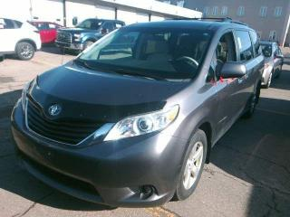 Used 2011 Toyota Sienna LE|Keyless Entry|Alloys|PW|PL|Clean Carfax for sale in Bolton, ON