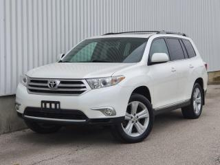 Used 2012 Toyota Highlander 4WD Leather|Sunroof|SERVICE RECORDS|FINANCING AVAILABLE for sale in Mississauga, ON