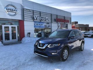 Used 2020 Nissan Rogue SV  ** APPLE CARPLAY+ BAS KILOMÉTRAGE ** Apple CarPlay for sale in Val-d'Or, QC