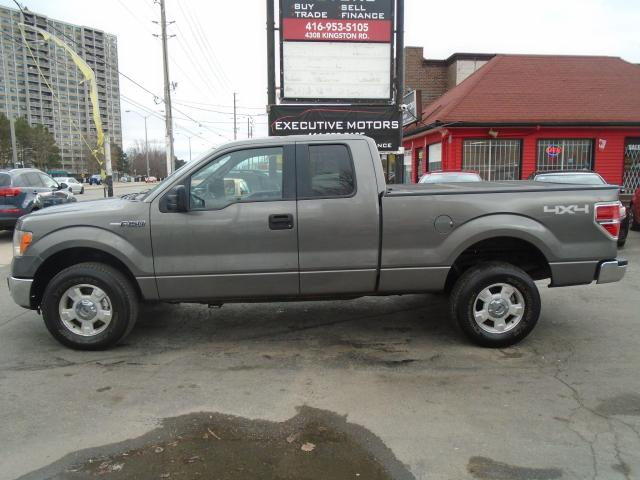 2013 Ford F-150 XLT/ 4X4 / DRIVES LIKE NEW / CERTIFIED / NEW TIRES
