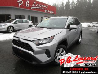 Used 2019 Toyota RAV4 Le awd siège chauffant camera bluetooth for sale in St-Prosper, QC