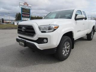 Used 2017 Toyota Tacoma 4WD Access Cab V6 / ACCIDENT FREE for sale in Newmarket, ON