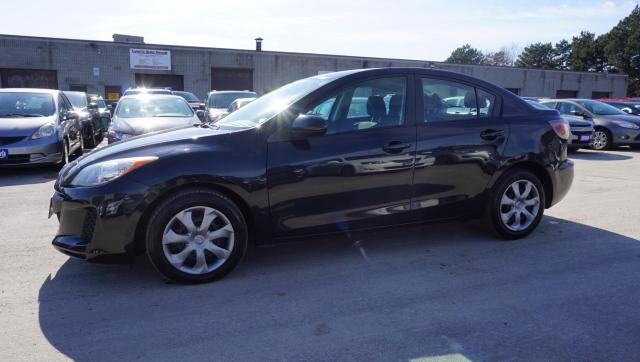 2013 Mazda MAZDA3 GX CERTIFIED 2YR WARRANTY *2ND SET OF TIRES ON ALLOYS* KEYLESS AUX ALLOYS