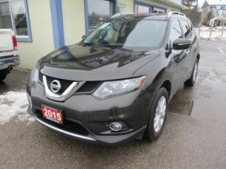 Used 2015 Nissan Rogue FUEL EFFICIENT SV-MODEL 5 PASSENGER 2.5L - DOHC.. PURE-DRIVE PACKAGE.. BACK-UP CAMERA.. PANORAMIC SUNROOF.. BLUETOOTH SYSTEM.. for sale in Uxbridge, ON