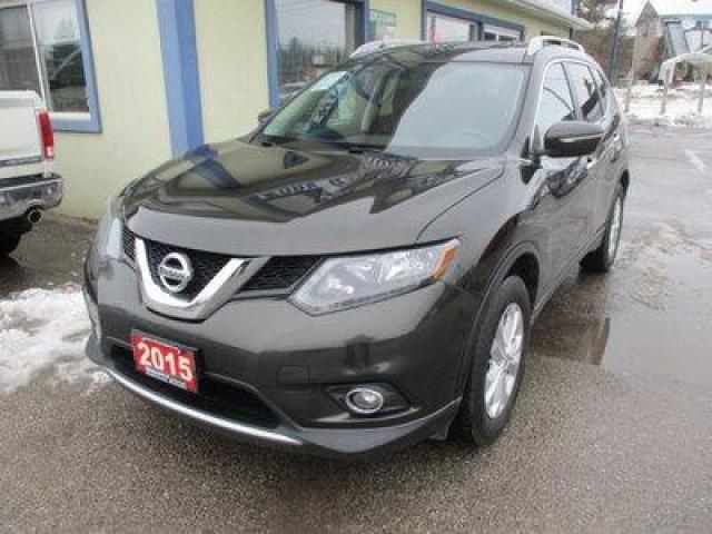 2015 Nissan Rogue FUEL EFFICIENT SV-MODEL 5 PASSENGER 2.5L - DOHC.. PURE-DRIVE PACKAGE.. BACK-UP CAMERA.. PANORAMIC SUNROOF.. BLUETOOTH SYSTEM..