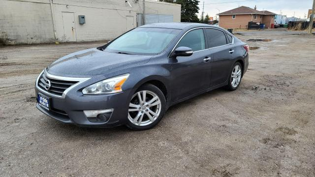 2013 Nissan Altima 3.5 SL|Leather|Sunroof|Alloys|Keyless Entry