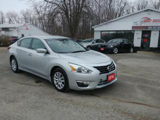 Used 2014 Nissan Altima 2.5 S for sale in Barrie, ON