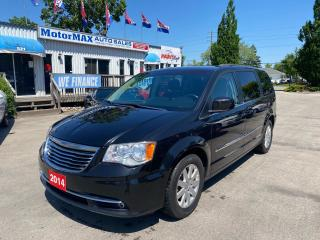 Used 2014 Chrysler Town & Country Touring-Stow-N-Go-RearView Camera for sale in Stoney Creek, ON