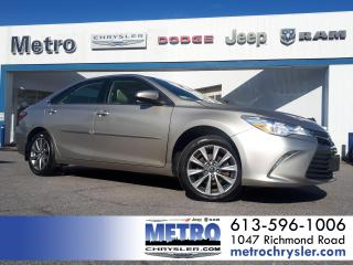 Used 2016 Toyota Camry XLE for sale in Ottawa, ON