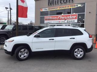Used 2016 Jeep Cherokee SPORT 4x4|Back Up Camera|Heated Seats|Remote Start for sale in Milton, ON