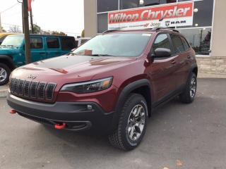 Used 2020 Jeep Cherokee TRAILHAWK 4X4 / 8.4 INCH SCREEN / ALUMINUM WHEELS for sale in Milton, ON