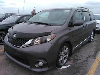 Used 2012 Toyota Sienna SE for sale in Barrie, ON