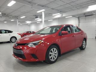 Used 2015 Toyota Corolla LE for sale in St-Eustache, QC
