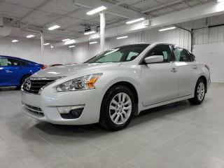 Used 2015 Nissan Altima 2.5 S for sale in St-Eustache, QC