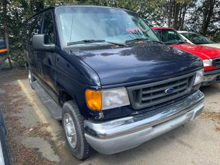 Used 2004 Ford Econoline XLT 10 Passengers for sale in Waterloo, ON