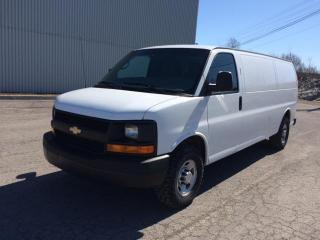 Used 2011 Chevrolet Cargo Van Traction arrière 2500 155 po for sale in Quebec, QC