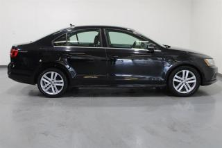 Used 2015 Volkswagen Jetta Highline 1.8T 5sp for sale in Mississauga, ON