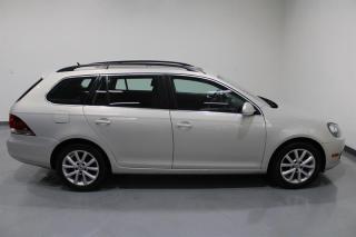Used 2012 Volkswagen Jetta SportWagen 5-Dr Comfortline 2.5 at Tip for sale in Mississauga, ON