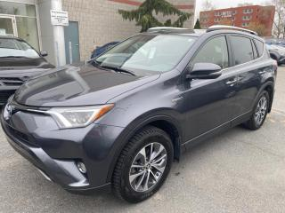 Used 2016 Toyota RAV4 Xle Hybride for sale in Longueuil, QC